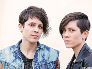 tegan-and-sara-portrait-2-830x622